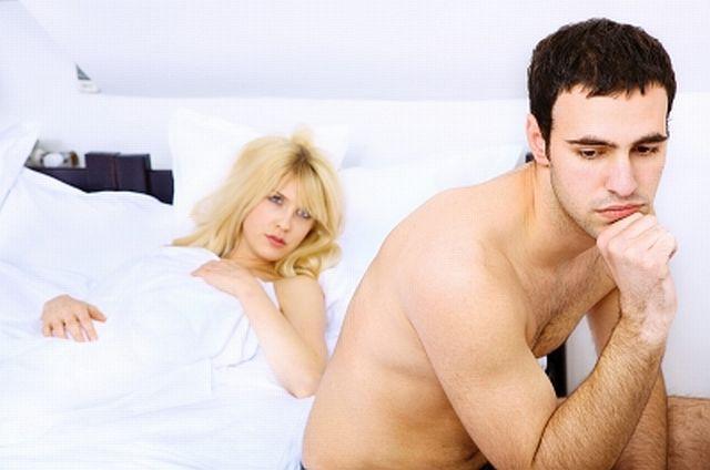 posmotret-intimnie-strizhki-na-lobke