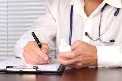 Выписывание рецепта врачом