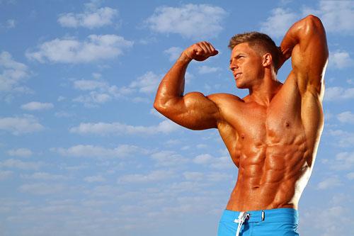 Спортсмен, принимающий тестостерон