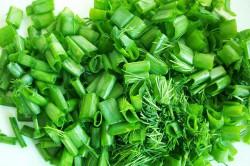 Нарезка зеленого лука для салата