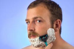 Пена для бритья для чувствительной кожи