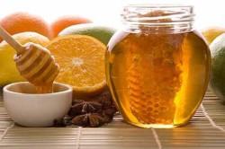 Фрукты и мед