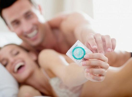 Защита от венерических заболеваний с помощью презервативов