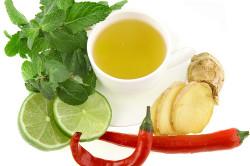 Зеленый чай с корнем имбиря и красным перцем