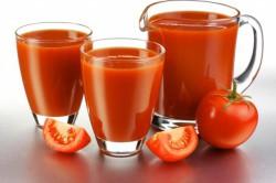 Свежеприготовленный томатный сок