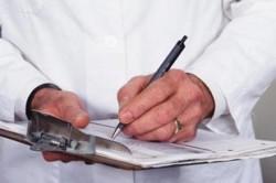 Консультация у врача и назначение лечения