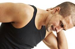 Побочные явления при приеме Тамсулозина - боли в  области спины
