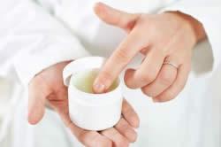 Лечение кожных заболеваний мазями