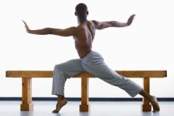 Упражнения для выпрямления осанки