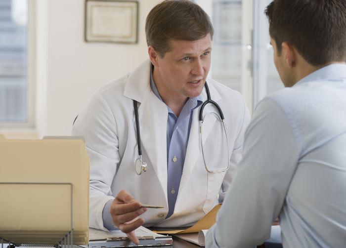 Обращение к врачу в связи с появлением грибка на пенисе