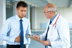 Прием у врача из-за болей внизу живота