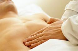 Ноющая боль в левом яичке у мужчин