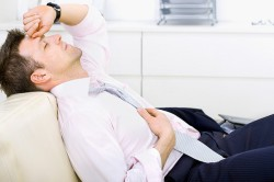 Сильная головная боль у мужчин