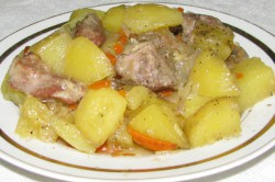 Тушеный картофель с мясом с утра для быстрого набора веса