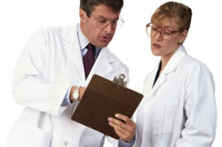 Постановка диагноза врачами на основе анализов