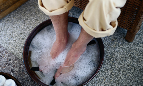 Ножные ванночки при гипергидрозе