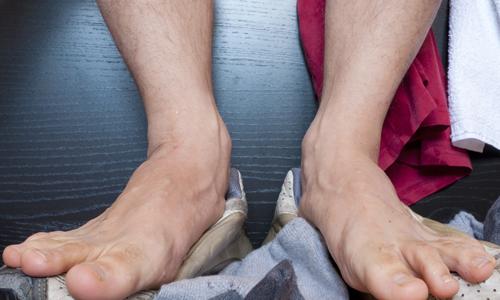 Сильная потливость ног