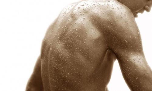Сильная потливость спины