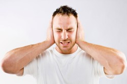 """Появление шума в ушах как побочное действие препарата """"Зидена"""""""