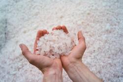 Польза морской соли при гипергидрозе